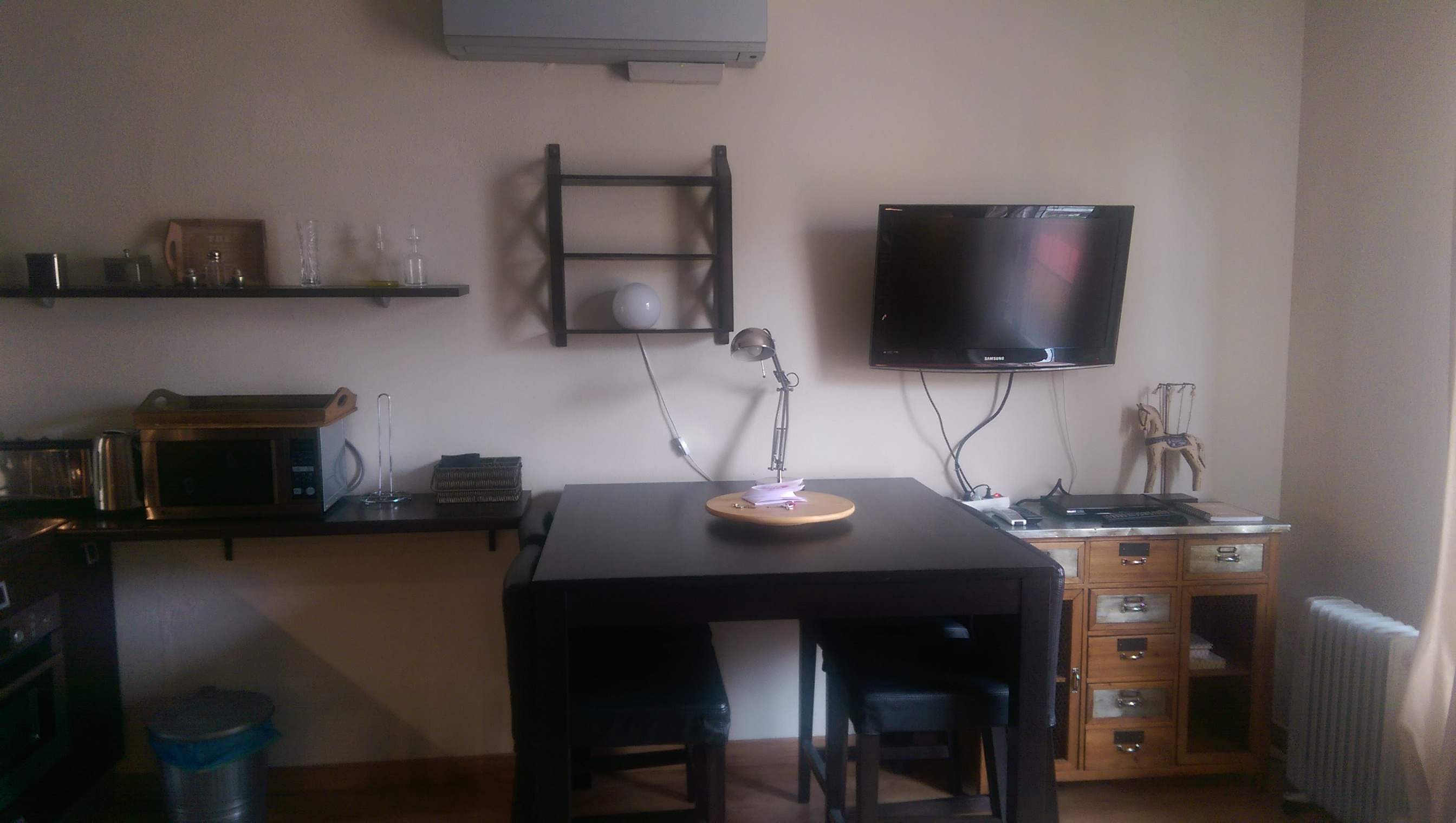My Sweet Home Abroad Desk