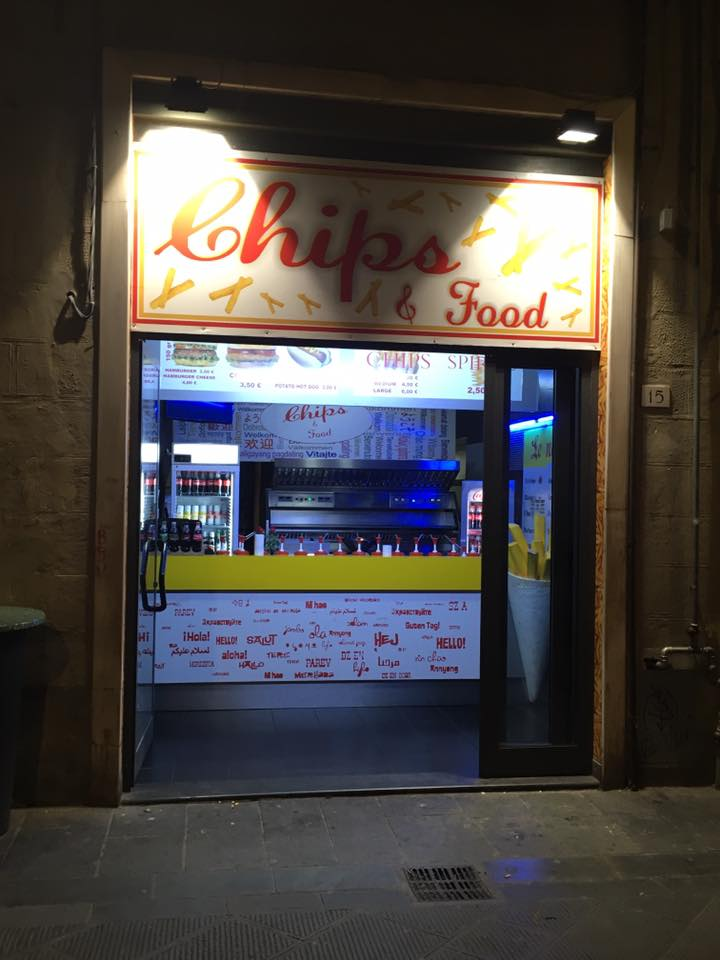 Pisa - Chips and Food!