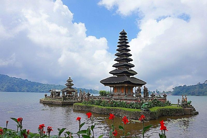 Ulun Danu Bratan temple Bali