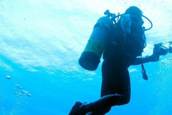 scuba diving bag